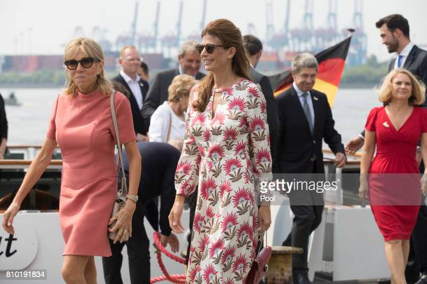 Brigitte Macron wife of Emmanuel Macron President of France and Juliana Awada wife of Mauricio Macri Presidentof Argentina leave the boat 'Diplomat'...