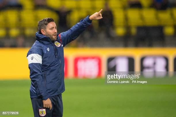 Bristol City manager Lee Johnson on the touchline during the Carabao Cup Second Round match at Vicarage Road Watford
