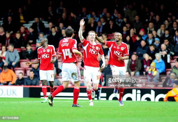 Bristol City's Stephen Pearson celebrates his goal against Burnley