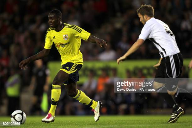 Bristol City's Yannick Bolasie in action