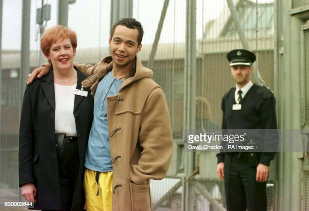 Brit Award winning singer Finley Quaye played to a captive audience of inmates at Greenock Prison Quaye gave the concert as a favour for his relative...