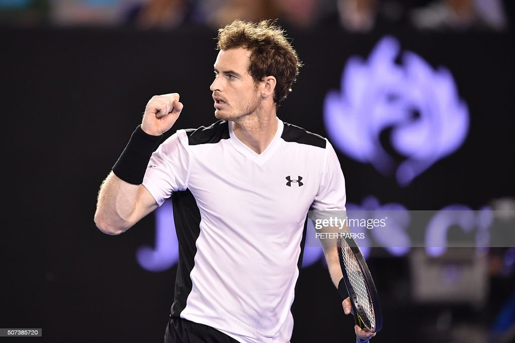 Britain's Andy Murray reacts during his men's singles semi-final match against Canada's Milos Raonic on day twelve of the 2016 Australian Open tennis tournament in Melbourne on January 29, 2016. AFP PHOTO / PETER PARKS -- IMAGE RESTRICTED TO EDITORIAL USE - STRICTLY NO COMMERCIAL USE / AFP / PETER PARKS