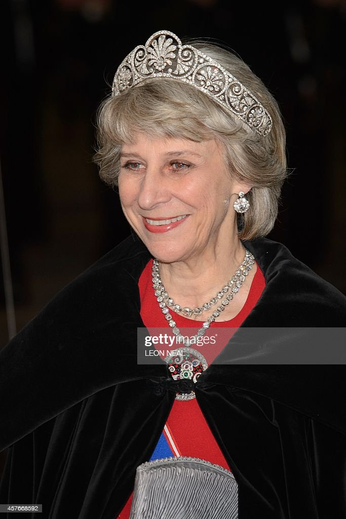 Britain's <a gi-track='captionPersonalityLinkClicked' href=/galleries/search?phrase=Birgitte+-+Duchess+of+Gloucester&family=editorial&specificpeople=4152242 ng-click='$event.stopPropagation()'>Birgitte</a>, Duchess of Gloucester, arrives for a banquet in honour of Singapore's President Tony Tan Keng Yam at the Guildhall in central London on October 22, 2014 on the second full day of the Singapore president's state visit to Britain. AFP PHOTO / LEON NEAL