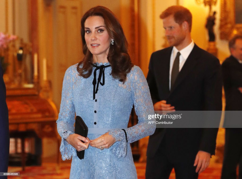 Britain's Catherine, Duchess of Cambridge attends a reception at Buckingham Palace to celebrate World Mental Health Day in central London on October 10, 2017 / AFP PHOTO / POOL / Heathcliff O'Malley