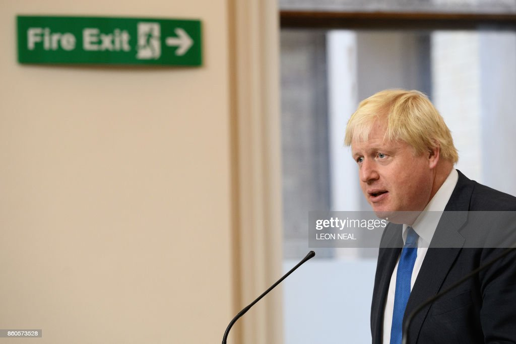 Britain's Foreign Secretary Boris Johnson speaks during a joint UK/Poland press conference following bilateral talks at the Foreign and Commonwealth Office in London on October 12, 2017. / AFP PHOTO / POOL / Leon Neal