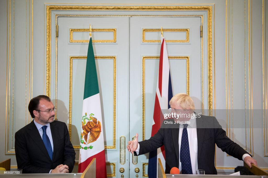 Foreign Secretary Meets His Mexican Counterpart