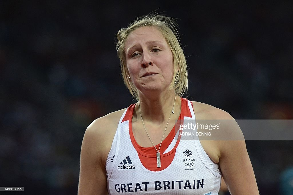 Britain's Holly Bleasdale reacts after failing an attempt in the women's pole vault final at the athletics event of the London 2012 Olympic Games on August 6, 2012 in London.