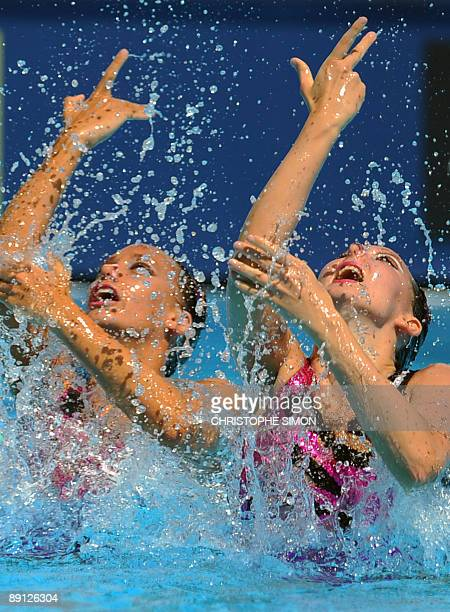 Britain's Olivia Allison and Jenna Randall compete during the synchronised technical duet final on July 21 2009 at the FINA World Swimming...