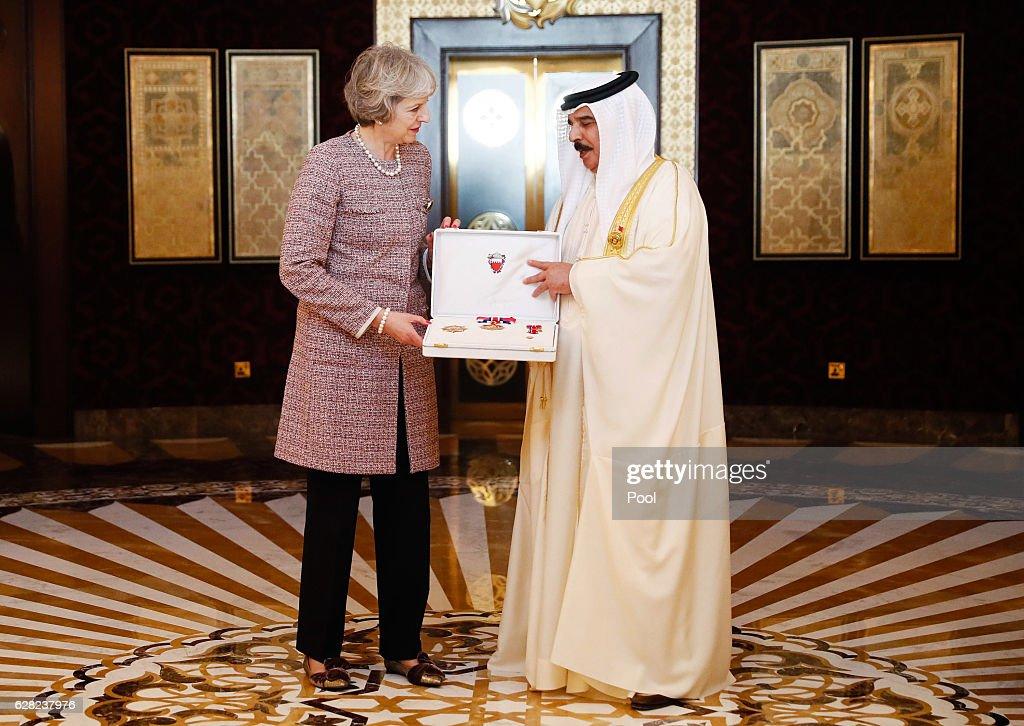 Britain's Prime Minister Theresa May meets King of Bahrain King Hamad Bin Isa Khalifa on December 7, 2016 in Manama, Bahrain.