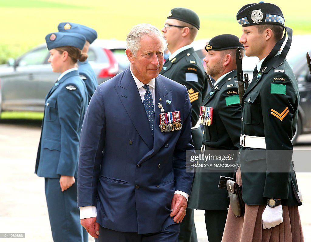 Britain's Prince Charles arrives for the commemoration of the 100th anniversary of the Battle of the Somme at Terre-Neuvien cemetery in Beaumont-Hamel on July 1, 2016. / AFP / FRANCOIS