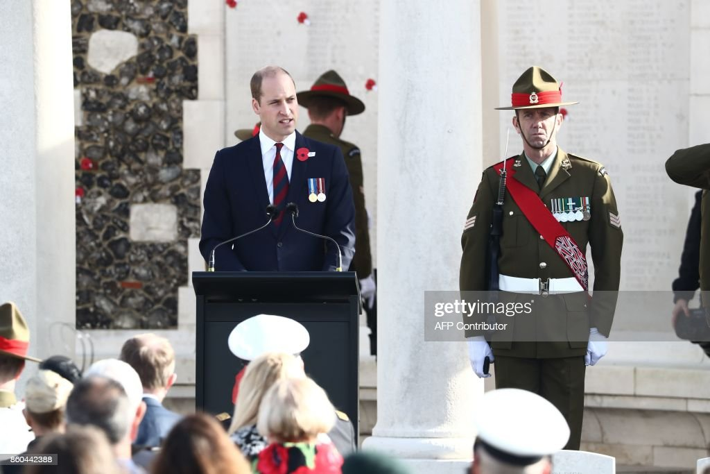 Britain's Prince William , Duke of Cambridge (L) speaks during a commemoration at the Tyne Cot Commonwealth War Graves Cemetery for the centenary of Passchendaele, the third battle of Ypres on 30th and 31st July 2017, on October 12, 2017 in Passendale, Zonnebeke. New Zealand is commemorating on October 12 the centenary of the World War I Battle of Passchendaele. / AFP PHOTO / BELGA / KURT DESPLENTER / Belgium OUT