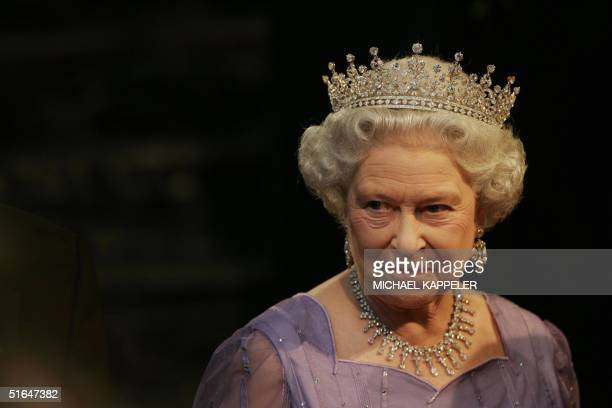 Britain's Queen Elizabeth II is pictured prior to a state banquet at the Zeughaus Palace 02 November 2004 in Berlin The queen is on a threeday state...