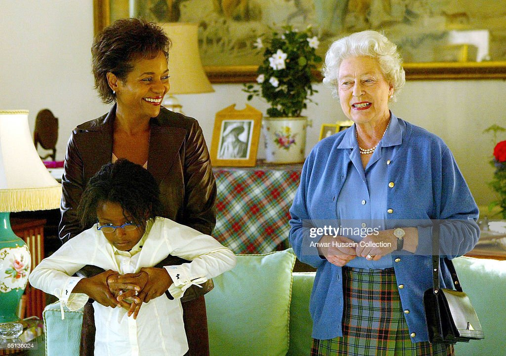Britain's Queen <a gi-track='captionPersonalityLinkClicked' href=/galleries/search?phrase=Elizabeth+II&family=editorial&specificpeople=67226 ng-click='$event.stopPropagation()'>Elizabeth II</a> (R) talks to the Governor General Designate of Canada Michaelle Jean and her daughter Mlle Marie-Eden Lafond, on September 6, 2005 at Balmoral castle in Aberdeenshire, Scotland.