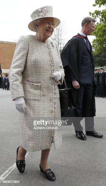 Britain's Queen Elizabeth II visits Pangbourne College in Berkshire County on May 9 2017 on the occasion of the school's centenary / AFP PHOTO / AFP...