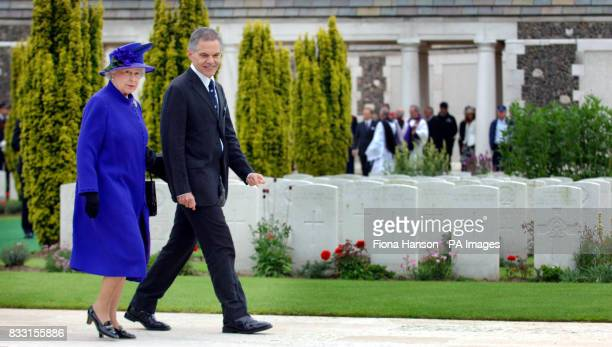 Britain's Queen Elizabeth II visits the Tyne Cot War Cemetery Passchendaele for WWI Commonwealth soldiers