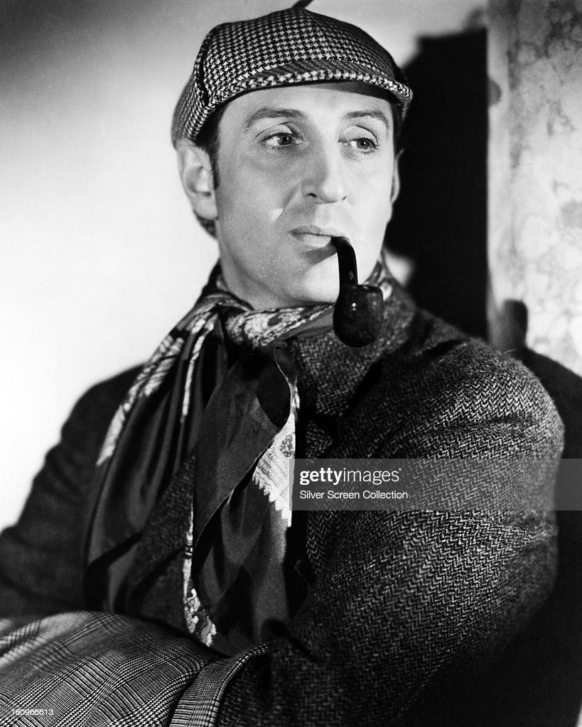 British actor <a gi-track='captionPersonalityLinkClicked' href=/galleries/search?phrase=Basil+Rathbone&family=editorial&specificpeople=93122 ng-click='$event.stopPropagation()'>Basil Rathbone</a> (1892 - 1967) as Sherlock Holmes, in a promotional portrait for 'The Hound of the Baskervilles', directed by Sidney Lanfield, 1939.