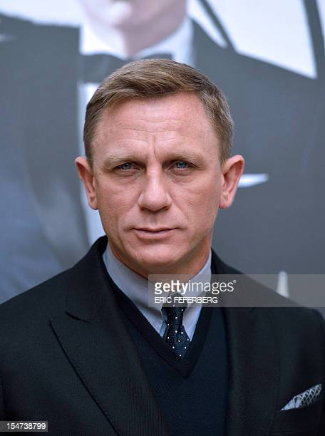 British actor Daniel Craig poses during a photocall for the new James Bond film 'Skyfall' at a hotel in Paris on October 25 2012 AFP PHOTO / ERIC...