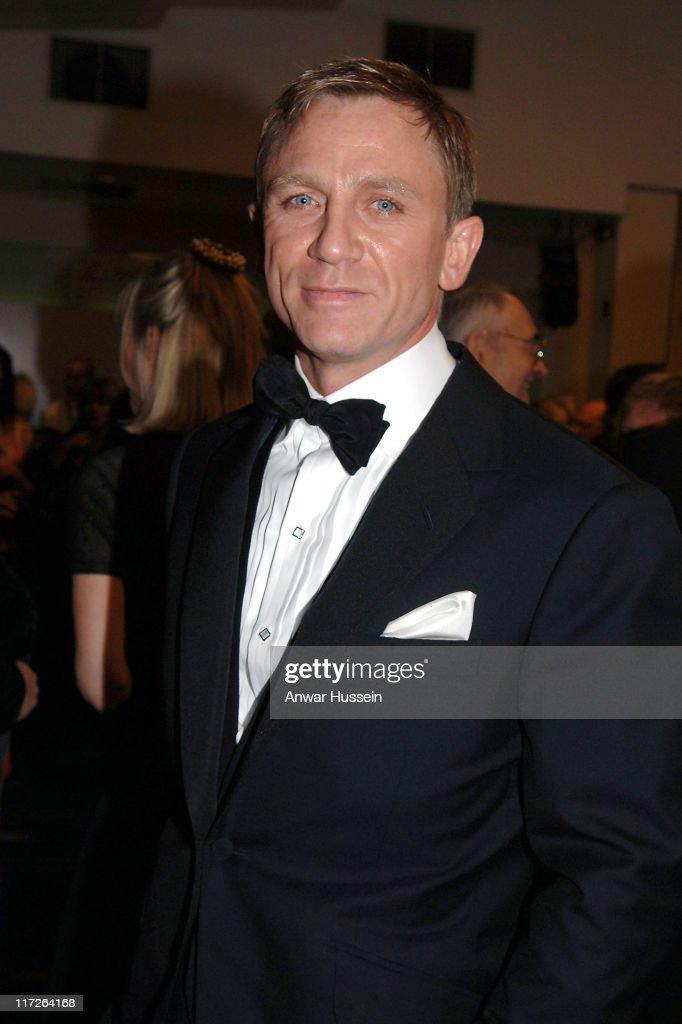 James bond actor casino royale