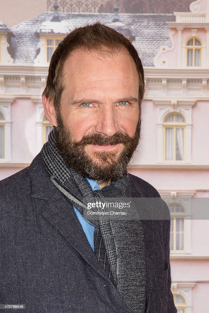 British actor <a gi-track='captionPersonalityLinkClicked' href=/galleries/search?phrase=Ralph+Fiennes&family=editorial&specificpeople=206461 ng-click='$event.stopPropagation()'>Ralph Fiennes</a> attends the 'The Grand Budapest Hotel' Paris Premiere at Cinema Gaumont Opera on February 20, 2014 in Paris, France.