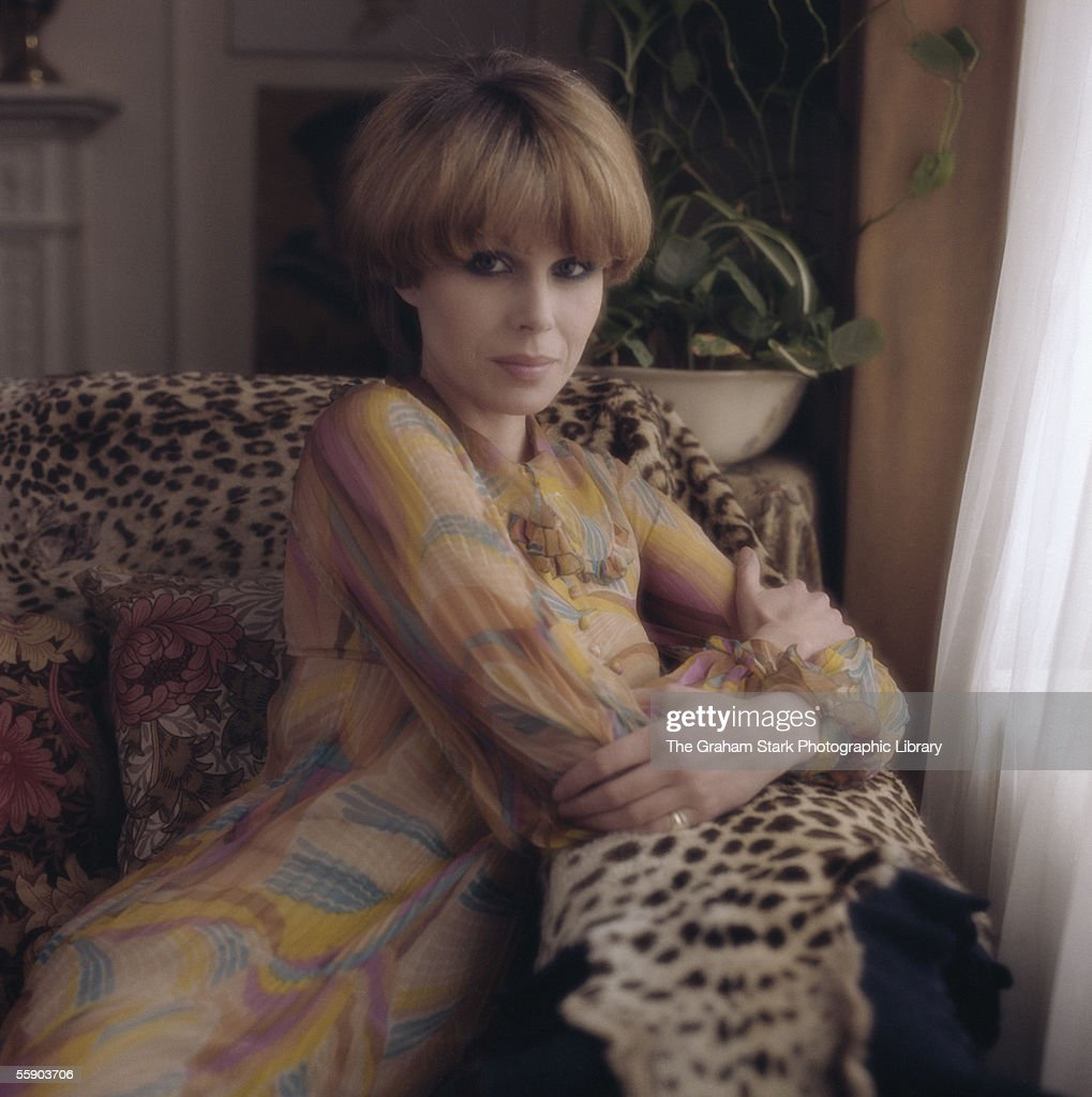 British actress, <a gi-track='captionPersonalityLinkClicked' href=/galleries/search?phrase=Joanna+Lumley&family=editorial&specificpeople=206307 ng-click='$event.stopPropagation()'>Joanna Lumley</a>, circa 1976.