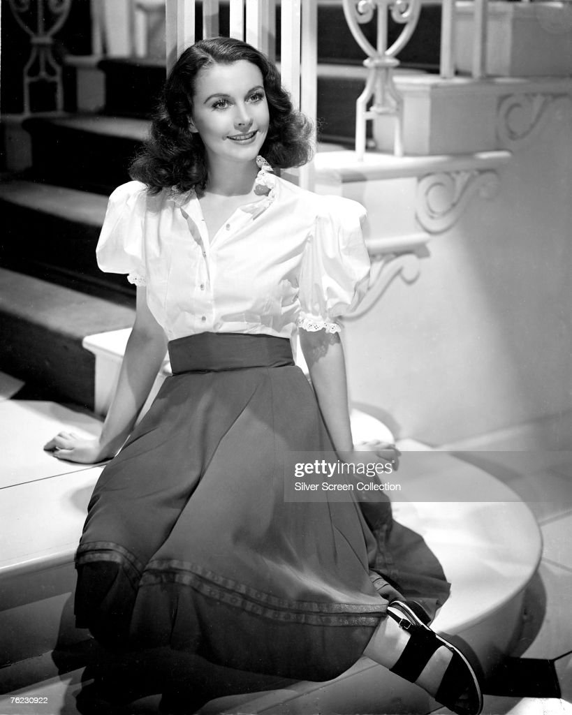 British actress <a gi-track='captionPersonalityLinkClicked' href=/galleries/search?phrase=Vivien+Leigh&family=editorial&specificpeople=203321 ng-click='$event.stopPropagation()'>Vivien Leigh</a> (1913 - 1967), circa 1940.