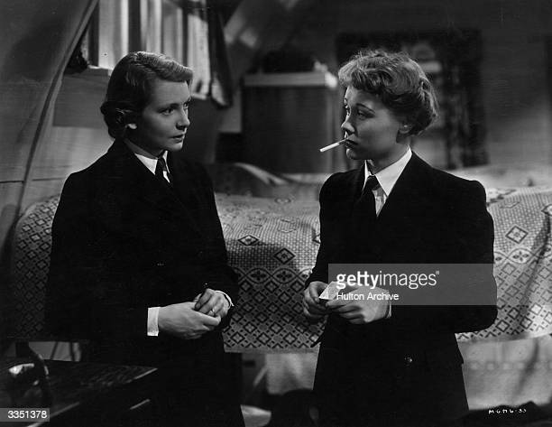 British actresses Deborah Kerr and Glynis Johns in the film 'Perfect Strangers' directed by Alexander Korda for London Films