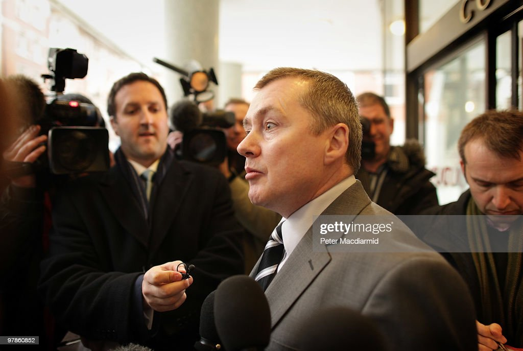 British Airways chief executive Willie Walsh talks to reporters at the Trades Union Congress building on March 19, 2010 in London, England. The planned three day strike by BA cabin crew this weekend will now go ahead as talks between the airline and the union Unite collapsed earlier today.