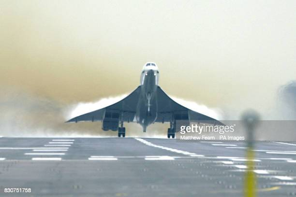 A British Airways Concorde during takeoff from Heathrow airport carrying its first transatlantic passengers since the aircraft was grounded following...