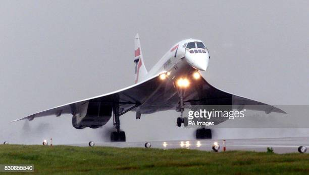 A British Airways Concorde lands at RAF Brize Norton Oxfordshire after its test flight *The verification flight which took the plane out over the...