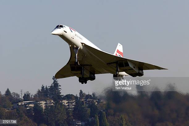 British Airways Concorde passenger jet lands November 5 2003 at Boeing Field in south Seattle Washington This Concorde was donated after being...
