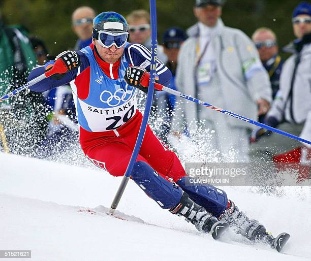 British Alain Baxter in action during the men's slalom 2nd run for the Salt Lake 2002 Winter Olympics 23 February 2002 in Dear Valley AFP...