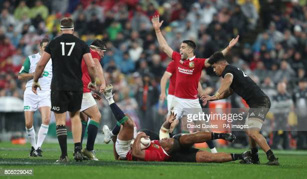 British and Irish Lions Kyle Sinckler wins a penalty during the second test of the 2017 British and Irish Lions tour at Westpac Stadium Wellington