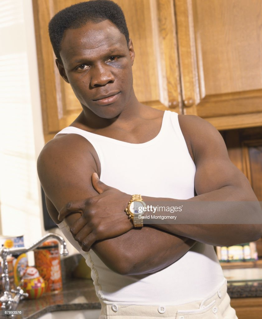 British boxer <a gi-track='captionPersonalityLinkClicked' href=/galleries/search?phrase=Chris+Eubank&family=editorial&specificpeople=216217 ng-click='$event.stopPropagation()'>Chris Eubank</a>, April 1998.