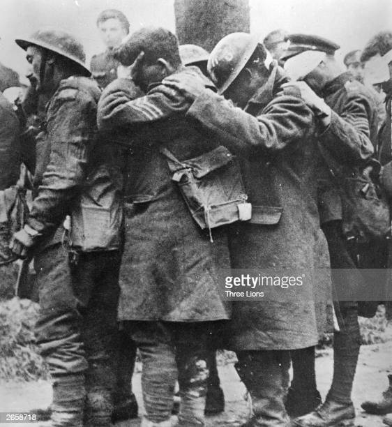 British casualities blinded by mustard gas in a German gas attack at Bethune France This photograph was used by US painter John Singer Sargent an...