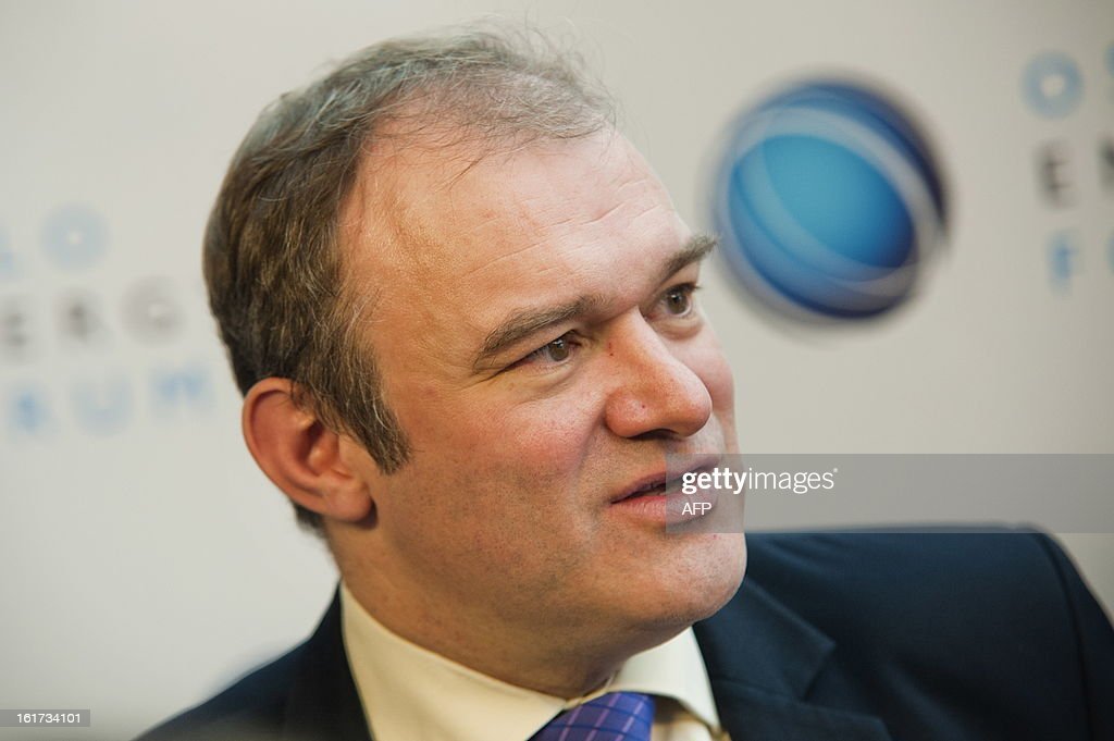 British climate- and energy minister Edward Davey speaks during the final day of the 'Oslo Energy Forum' at the Holmenkollen Park Hotel in Oslo on February 15, 2013. AFP PHOTO / Fredrik Varfjell / SCANPIX NORWAY / NORWAY OUT