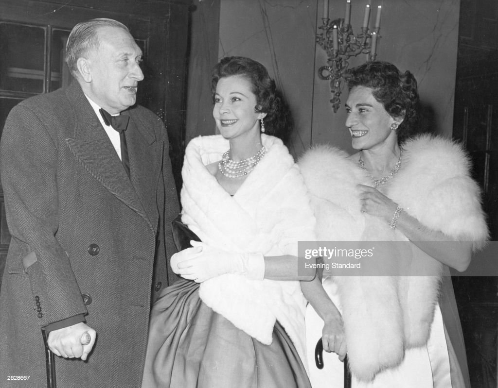 British composer Sir William Walton (1902 - 1983) with his wife and the British actress Vivien Leigh (1913 - 1967). Original Publication: People Disc - HM0437