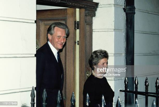 British Conservative politician Michael Heseltine and his wife Anne Williams on November 20 1990 in London England