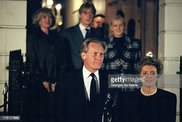 British Conservative politician Michael Heseltine his wife Anne Williams and in the backrground his children Annabella Rupert and Alexandra on...