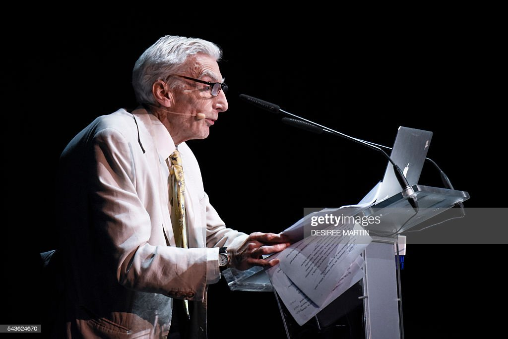 British cosmologist and astrophysicist Martin Rees gives a lecture entitled: 'From Mars to the Multiverse: the Post-Human Future' during the Starmus Festival on the Spanish Canary island of Tenerife on June 29, 2016 / AFP / DESIREE