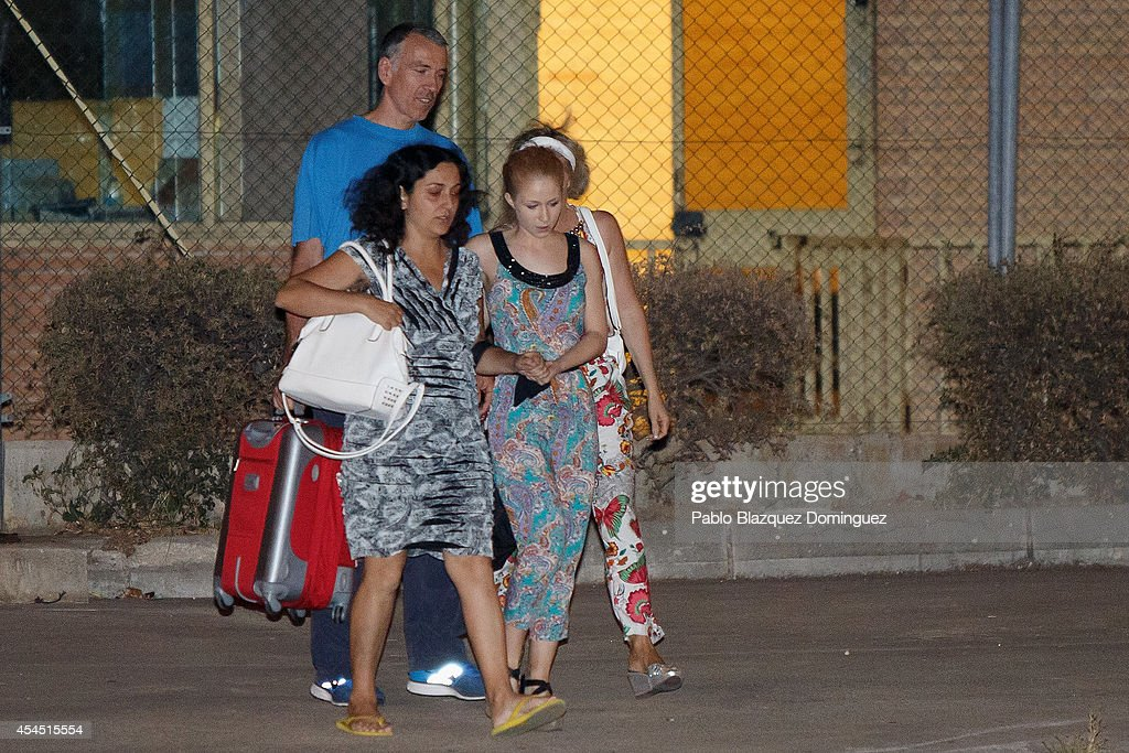 British couple Brett (L) and Naghemeh (2L) King leave Soto del Real Prision on September 2, 2014 in Soto del Real, near Madrid, Spain. King's son Ashya King, who has a brain tumour, was taken by his parents from a UK hospital against medical advice resulting in the parents arrest in Velez, Malaga on Saturday on an extradition warrant by UK police authorities.