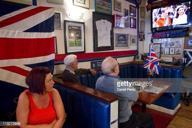British expats watch the royal wedding between Prince William and Catherine Middleton on TV on April 29 2011 in Benalmadena Spain Thousands of people...