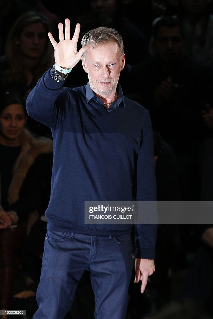 British fashion designer Bill Gaytten for John Galliano acknowledges the public during the Fall/Winter 2013-2014 ready-to-wear collection show, on March 3, 2013 in Paris. AFP PHOTO/FRANCOIS GUILLOT