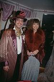 British fashion designer John Galliano and English editorinchief of American Vogue Anna Wintour attend a party at Bergdorf Goodman New York City...