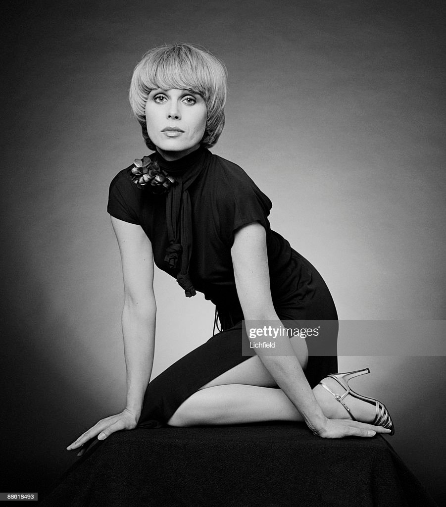 British film and television actress and model <a gi-track='captionPersonalityLinkClicked' href=/galleries/search?phrase=Joanna+Lumley&family=editorial&specificpeople=206307 ng-click='$event.stopPropagation()'>Joanna Lumley</a> in her role as Purdey in 'The New Avengers' on 12th May 1977. (Photo by Lichfield/Getty Images).
