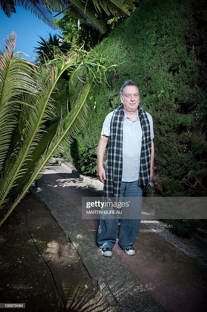 British film maker Stephen Frears poses during the 63rd Cannes Film Festival on May 18, 2010 in Cannes.