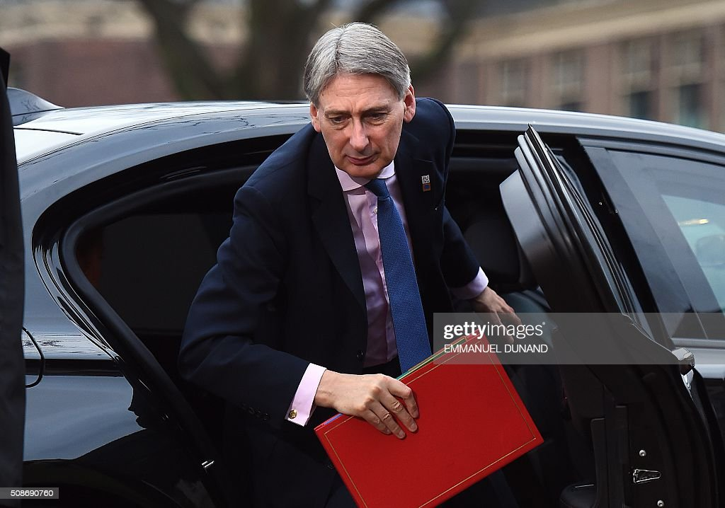 British Foreign Minister Philip Hammond arrives to take part in a EU foreign ministers meeting in Amsterdam, on February 6, 2016. The European Union on Wednesday finally reached agreement on how to finance a three-billion-euro ($3.3-billion) deal to aid Syrian refugees in Turkey, in exchange for Ankara's help in stemming the flow of migrants. / AFP / EMMANUEL DUNAND