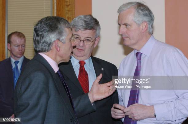 British Foreign Secretary Jack Straw talks with German Foreign Minister Joschka Fischer and French Foreign Minister Michel Barnier during an Informal...