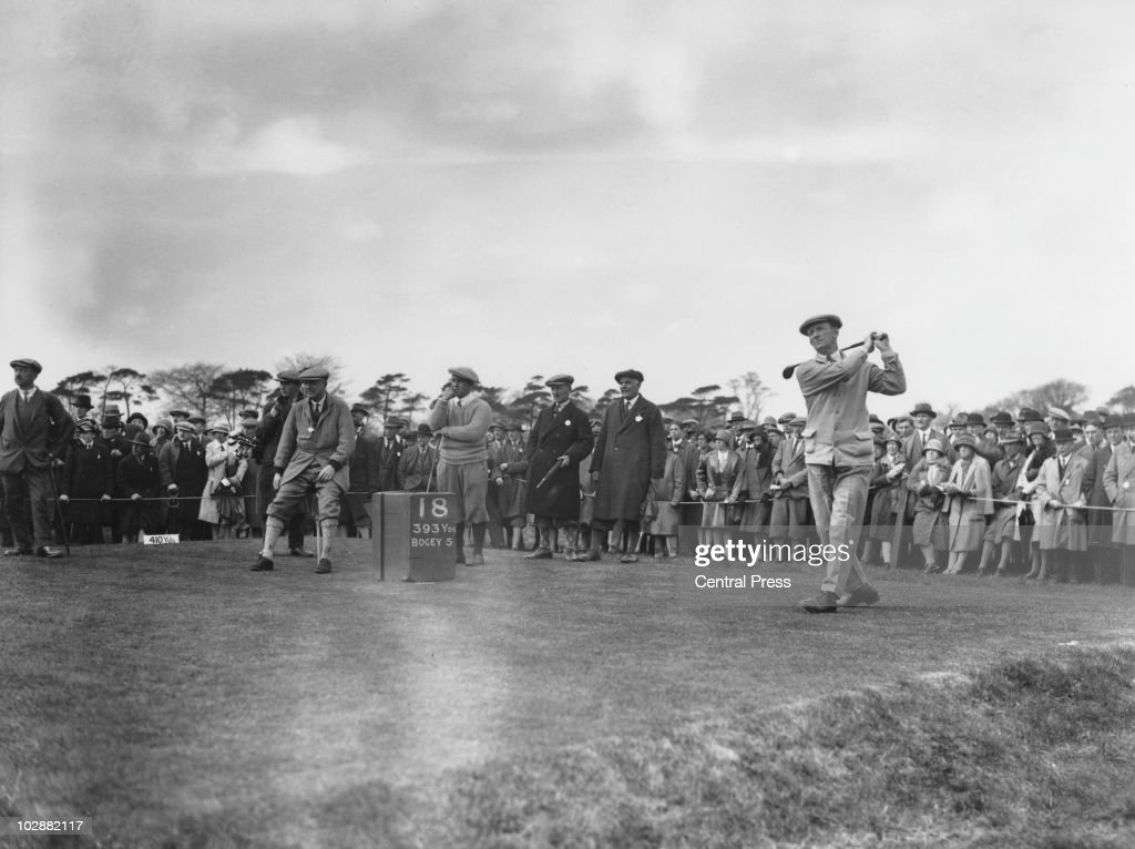 British golfer Fred Robson during the Ryder Cup at Moortown Golf Club in West Yorkshire, April 1929. Standing, centre, is <a gi-track='captionPersonalityLinkClicked' href=/galleries/search?phrase=Gene+Sarazen&family=editorial&specificpeople=890883 ng-click='$event.stopPropagation()'>Gene Sarazen</a> (1902 - 1999) of the USA.