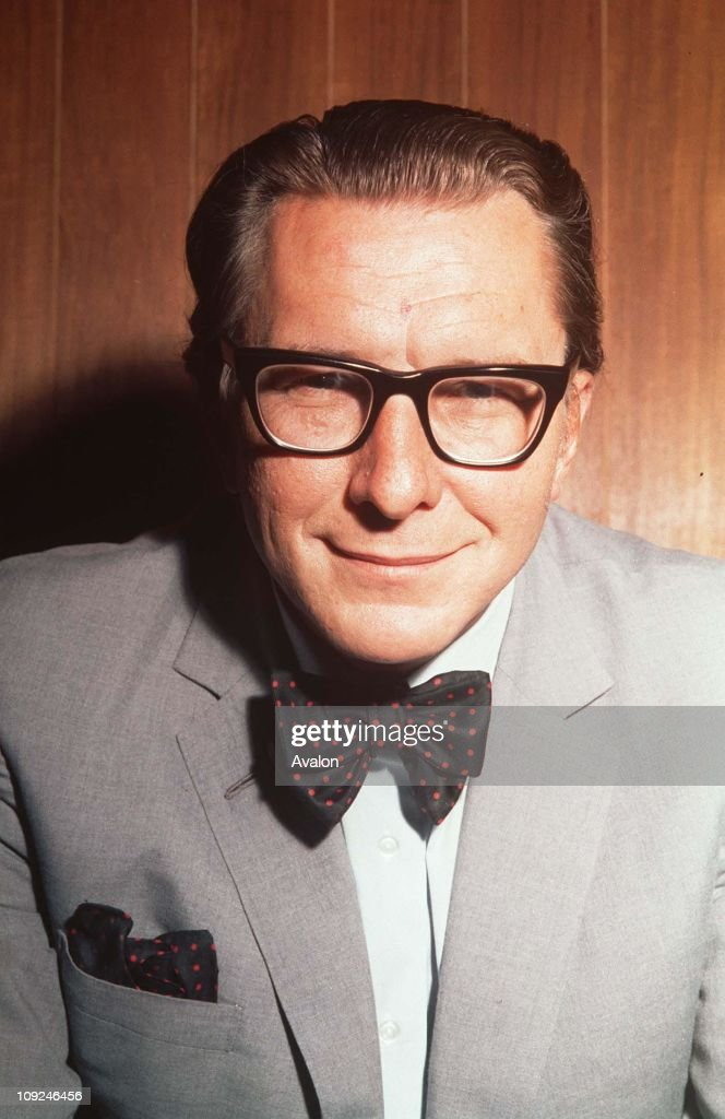 British Journalist and Broadcaster <b>Robin Day</b>, . - british-journalist-and-broadcaster-robin-day-15091970-picture-id109246456