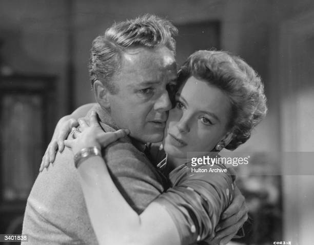 British leading lady Deborah Kerr and American actor Van Johnson in a scene from the film 'The End of the Affair' based on a novel by Graham Greene